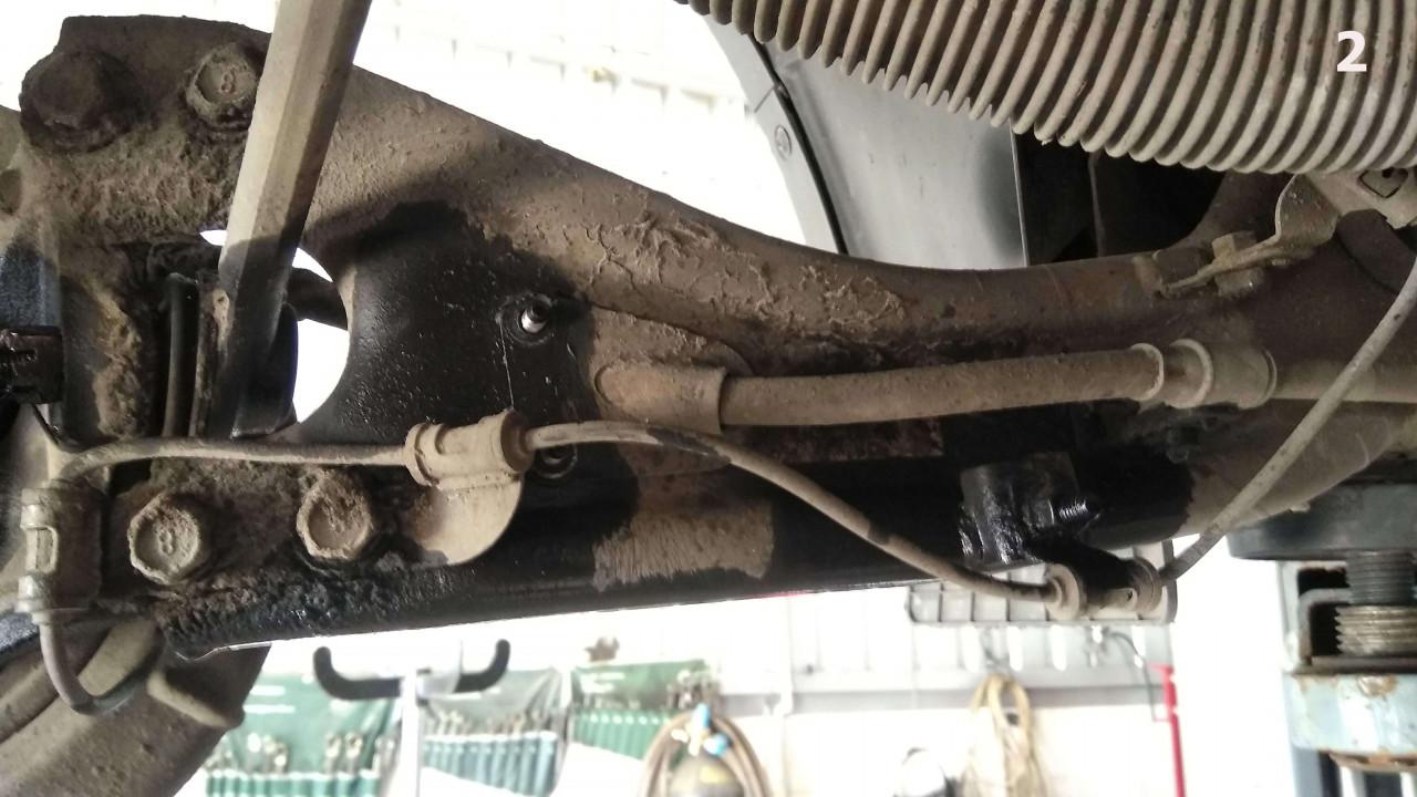 Замена задних сайлентблоков Kia sportage 3