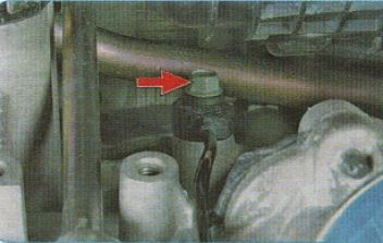 Замена датчика детонации Киа Рио