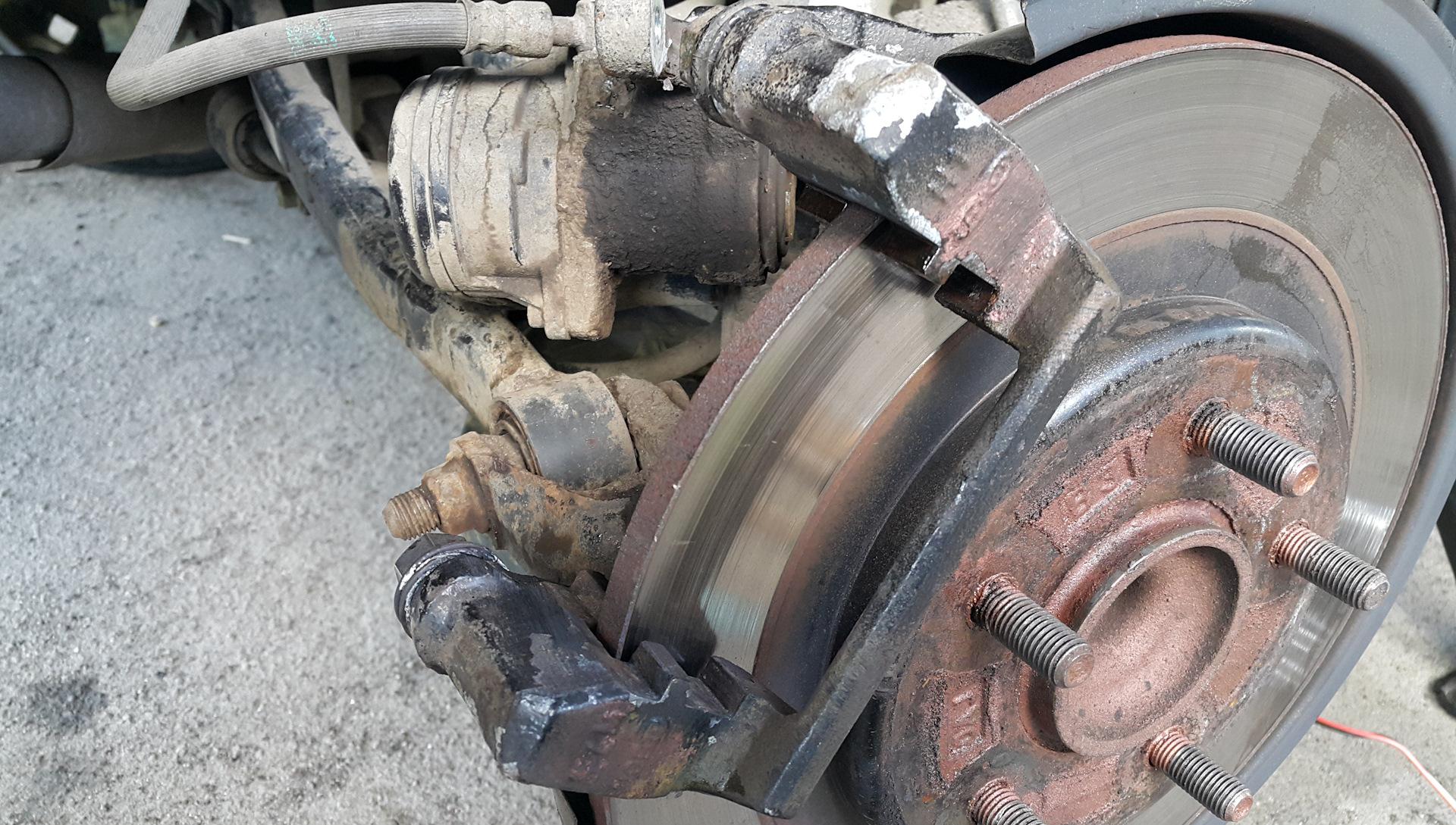 Замена тормозных колодок на Киа Сид
