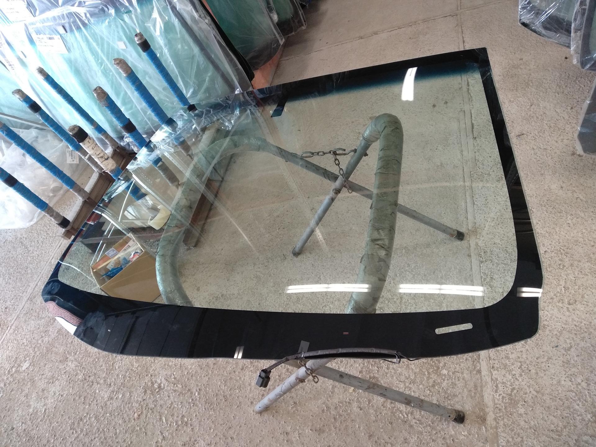 Как поменять лобовое стекло на Киа Сид